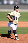 Central Florida Knights pitcher Parker Thomas (32) during a game against the Siena Saints at Jay Bergman Field on February 16, 2014 in Orlando, Florida.  UCF defeated Siena 9-6.  (Copyright Mike Janes Photography)