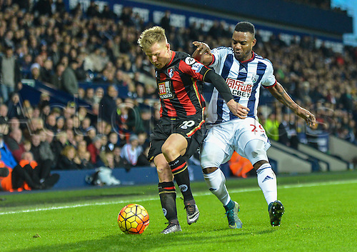 19.12.2015. The Hawthorns, West Bromwich, England. Barclays Premier League. West Bromwich Albion versus AFC Bournemouth. Matt Ritchie of Bournemouth shields the ball from Stephane Sessegnon of West Bromwich Albion.