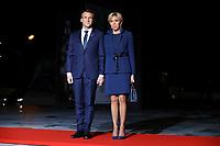 Emmanuel Macron et sa femme Brigitte ( President Francais )<br /> Parigi 10-11-2018 <br /> Museo d'Orsay Cena Ufficiale Capi di Stato <br /> Commemorazione 100 anni dalla fine della Grande Guerra, Prima Guerra Mondiale <br /> Foto Gwendoline LeGoff/Panoramic / Insidefoto