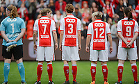 20150508 - LIEGE , BELGIUM : Standard's players pictured with Renate Verhoeven , Aline Zeler , Imke Courtois , Julie Gregoire en Sanne Schoenmakers  during the soccer match between the women teams of Standard de Liege Femina and PSV Eindhoven , on the 26th and last matchday of the BeNeleague competition Friday 8 th May 2015 in Stade Maurice Dufrasne in Liege . PHOTO DAVID CATRY