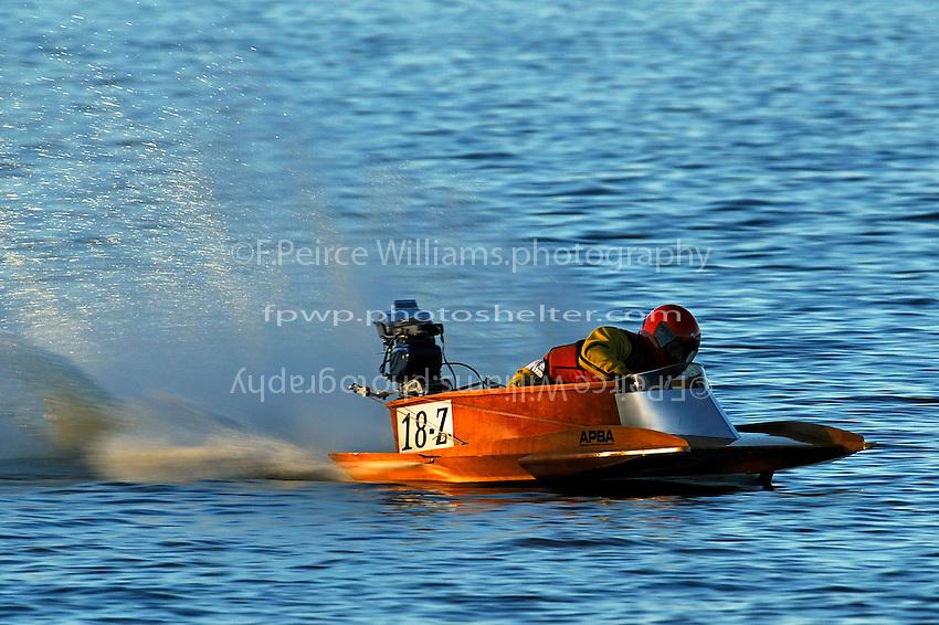 18-Z   (outboard hydroplane)