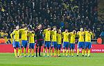 Solna 2015-11-14 Fotboll EM-kval , Sverige - Danmark :  <br /> Sveriges spelare under en tyst minut f&ouml;r offren efter terrord&aring;d i Paris inf&ouml;r matchen mellan Sverige och Danmark <br /> (Photo: Kenta J&ouml;nsson) Keywords:  Sweden Sverige Solna Stockholm Friends Arena EM Kval EM-kval UEFA Euro European 2016 Qualifying Qualifier Playoff Denmark Danmark sorg tyst minut