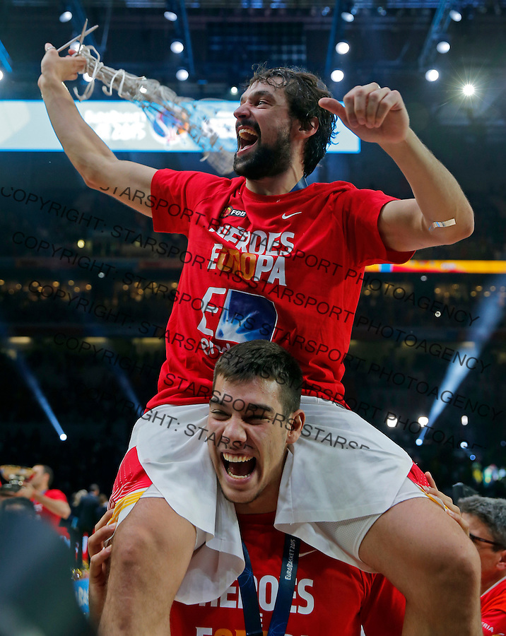 Spain's Sergio Llull after European championship basketball final match between Spain and Lithuania on September 20, 2015 in Lille, France  (credit image & photo: Pedja Milosavljevic / STARSPORT)