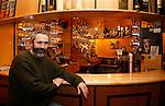20080109 - France - Aquitaine - Pau<br /> PORTRAITS DE DIMITRI THEODORAKOPOULOS, SOUTIEN DE MARTINE LIGNIERES-CASSOU (PS) POUR LES ELECTIONS MUNICIPALES DE PAU EN 2008.<br /> Ref : DIMITRI_THEODORAKOPOULOS_010.jpg - © Philippe Noisette.