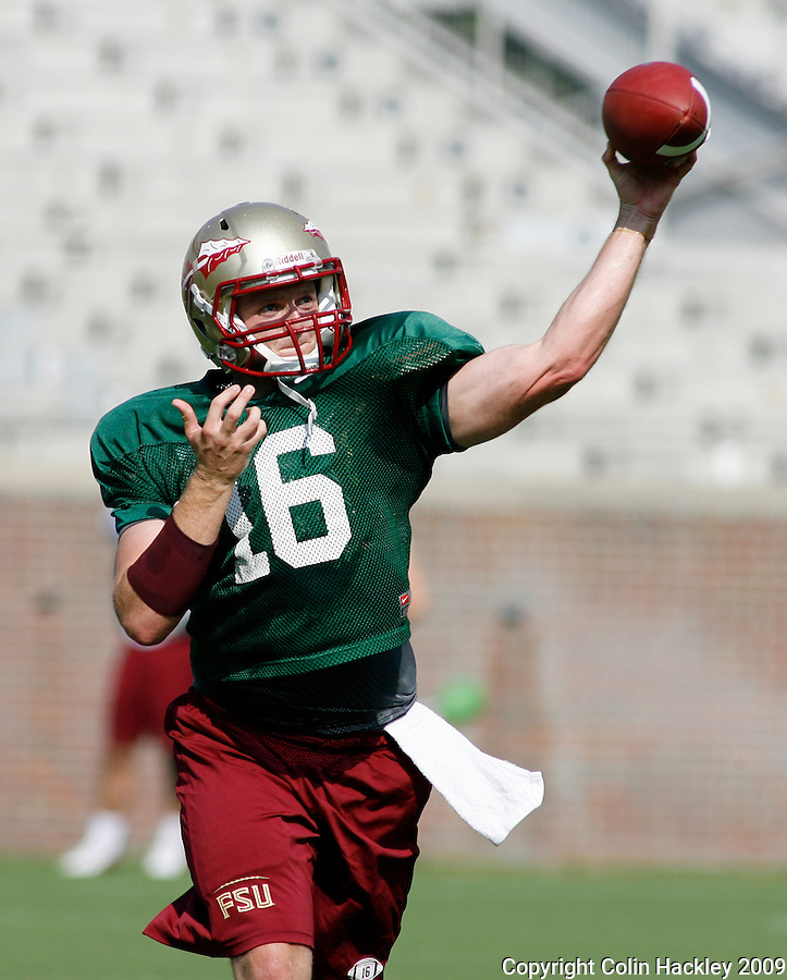 TALLAHASSEE, FL 8/8/10-FSU-080810 CH-Florida State's  Will Secord throws during practice Sunday in Tallahassee. .COLIN HACKLEY PHOTO