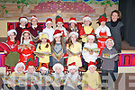 SCARECROW: The Choir from Glenderry National School, on Friday who sang in the schools Christmas Navity play at their school on Friday with the help of their teacher Caroline Corridan. The choir were: Sarah Healy, Lorraimne Kenny, Aisling harty, Fiona Quirke, Darren Stack, Toma?s O'Connor, Ruaidhri? Duggan, Natan Guerin, Ciaran Casey, Colm Walsh, Pa?draig Woods, Anthony Collins, Jamie Lee, Cillian Byrne, Clodagh Collins, Emma O'Connell, Sally O'Hara, Mia Duggan, Tynan Supple and Kevin Rice......   Copyright Kerry's Eye 2008