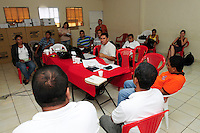 Delegates from ACUDESBAL take part in a planning meeting for the forthcoming two day conference on the impact of climate change on the region..The meeting was organised by the Red Cross, ACUDESBAL, Procares-Ciazo and Cesta (Friends of the Earth).4.5.11.Juquilisco,.Bajo Lempa.El Salvador..© Kevin Hayes.Tel: Mob: +44 (0)7960 872 408 .kevinhayes@talktalk.net...