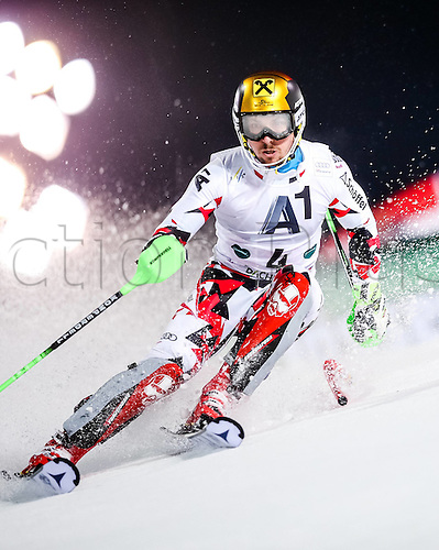 26.01.2016. Schladming, Ausria. FIS Mens Downhill slalom, Schladming World Cup.  Marcel Hirscher of Austria competes during his 1st run of men s Slalom Race of Schladming FIS Ski Alpine World Cup at the Planai in Schladming, Austria on 2016/01/26.
