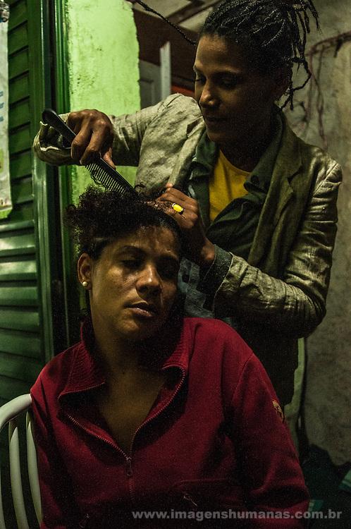 Fernanda e Nádia. Ocupação Mama África, Niterói, Rio de Janeiro.