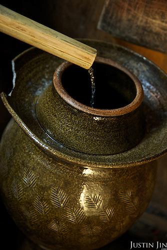 Making rice spirit.