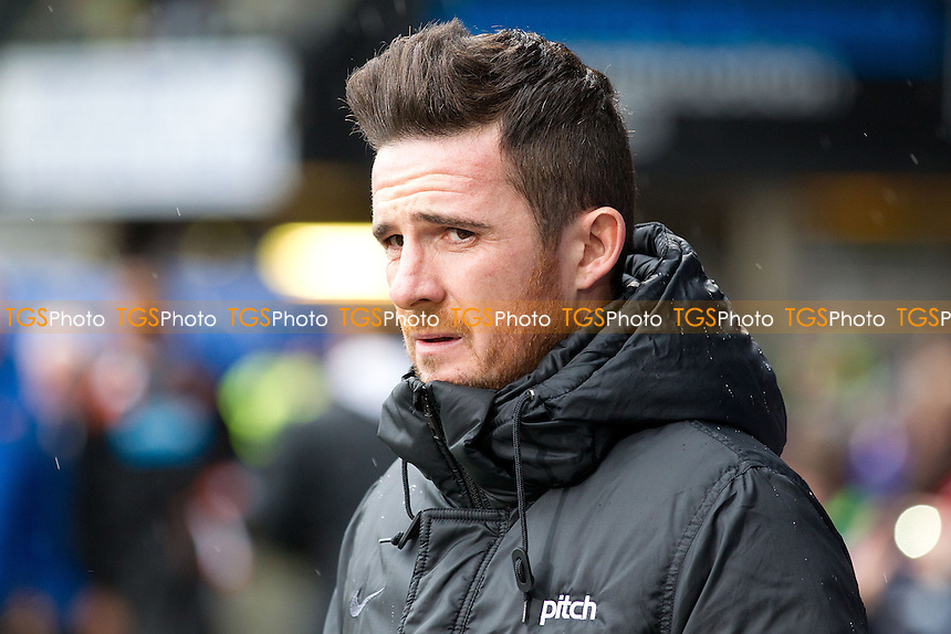 Barry Ferguson, Manager of Blackpool - Ipswich Town vs Blackpool - Sky Bet Championship Football at Portman Road, Ipswich, Suffolk - 15/02/14 - MANDATORY CREDIT: Ray Lawrence/TGSPHOTO - Self billing applies where appropriate - 0845 094 6026 - contact@tgsphoto.co.uk - NO UNPAID USE