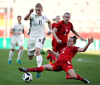 Alexandra Popp, Jana Srdlackova /   /        /      <br /> /   World Championships Qualifiers women women /  2017/2018 / 07.04.2018 / DFB National Team / GER Germany vs. Czech Republic CZE 180407020 / <br />  *** Local Caption *** © pixathlon<br /> Contact: +49-40-22 63 02 60 , info@pixathlon.de