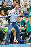 06.10.2019, Klingenhalle, Solingen,  GER, 1. HBL. Herren, Bergischer HC vs. TSV GWD Minden, <br /> <br /> im Bild / picture shows: <br /> Frank Carstens Cheftrainer / Headcoach (Minden), regt sich heftig auf ballt die Faeuste<br /> <br /> <br /> Foto © nordphoto / Meuter