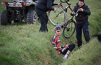 Michael Sch&auml;r (SUI/BMC) ending up in a ditch<br /> <br /> 71st Dwars door Vlaanderen (1.HC)