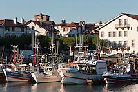 Europe/France/Aquitaine/64/Pyrénées-Atlantiques/Pays-Basque/Saint-Jean-de-Luz: Le port de pêche