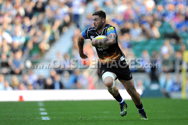 Matt Banahan of Bath Rugby goes on the attack. The Clash, Aviva Premiership match, between Bath Rugby and Leicester Tigers on April 8, 2017 at Twickenham Stadium in London, England. Photo by: Rob Munro / Onside Images
