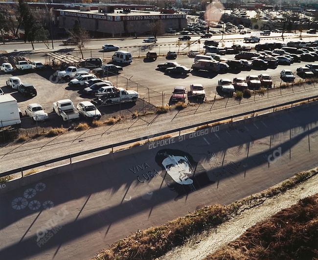 Rio Grande Embankment, Juarez, Mexico, December 2004