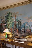Europe/France/Bretagne/35/Ille et Vilaine/Saint-Coulomb: Malouinière de la Ville Bague détail du salon avec son papier peint de 1820,manufacture Dufour et Leroy,représentant l'arrivée des  Pizzare chez les Incas