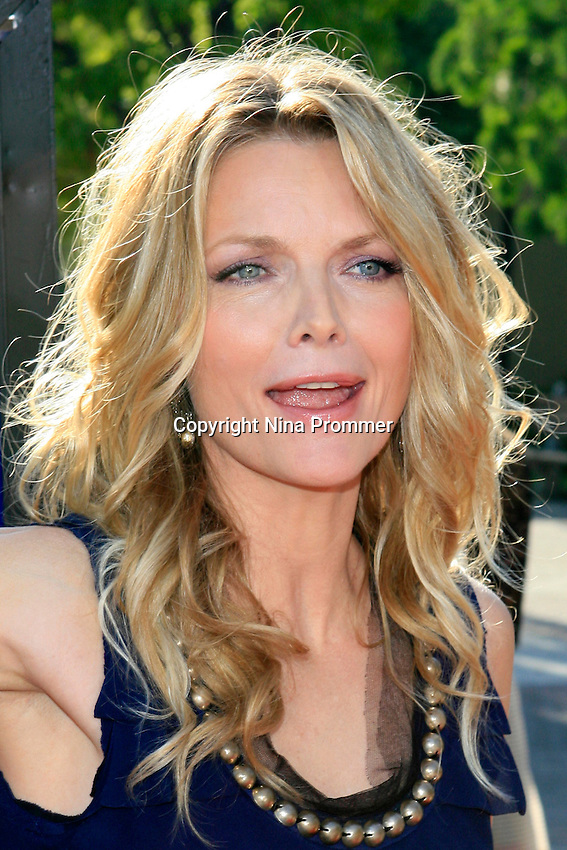 Michelle Pfeiffer at the premiere of 'Stardust' at Paramount Studios in Hollywood, Los Angeles, California on July 29, 2007. Photo by Nina Prommer/Milestone Photo.
