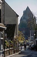 Europe/France/Ile-de-France/77/Seine-et-Marne/Provins: la rue couverte et la Collégiale Saint-Quiriace