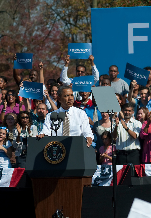 UNITED STATES - OCT 25 : President Barack Obama addresses the crowd that was estimated at over 15000 at Carillon at Byrd Park in Richmond Virginia for the Obama Rally on October 25, 2012. (Photo By Douglas Graham/CQ Roll Call)