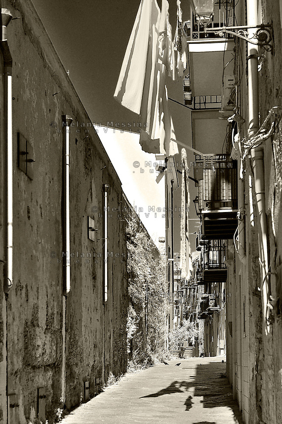 Palermo, alley in the historic city center.<br /> Palermo, vicoli del centro storico