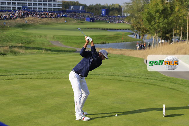 Dustin Johnson Team USA tees off the 15th tee during Friday's Foursomes Matches at the 2018 Ryder Cup 2018, Le Golf National, Ile-de-France, France. 28/09/2018.<br /> Picture Eoin Clarke / Golffile.ie<br /> <br /> All photo usage must carry mandatory copyright credit (© Golffile   Eoin Clarke)