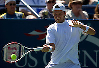 Robert Kendrick (USA) against Tommy Haas (GER) (20) in the second round. Haas beat Kendrick 6-4 6-4 7-6..International Tennis - US Open - Day 3 Wed 02 Sep 2009 - USTA Billie Jean King National Tennis Center - Flushing - New York - USA ..© Frey, Advantage Media Network, Level 1, Barry House, 20-22 Worple Road, London, SW19 4DH +44 208 947 0100..