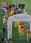 Atletico de Madrid's players applaud Barcelona's players after winning La Liga. May 12, 2013. (ALTERPHOTOS/Alvaro Hernandez)