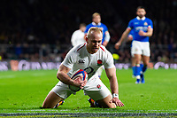 Dan Robson of England scores a try in the second half. Guinness Six Nations match between England and Italy on March 9, 2019 at Twickenham Stadium in London, England. Photo by: Patrick Khachfe / Onside Images