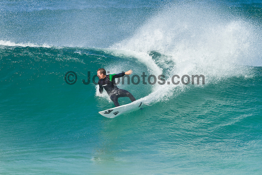 Gas Bay, Margaret River, Western Australia (Wednesday, March 1, 2010) Free surfing  Photo: joliphotos.com