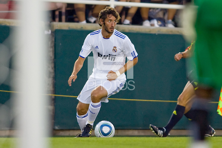 Estaban Granero of Real Madrid moves with the ball along the sideline. Real Madrid beat the LA Galaxy 3-2 in an international friendly match at the Rose Bowl in Pasadena, California on Saturday evening August 7, 2010.