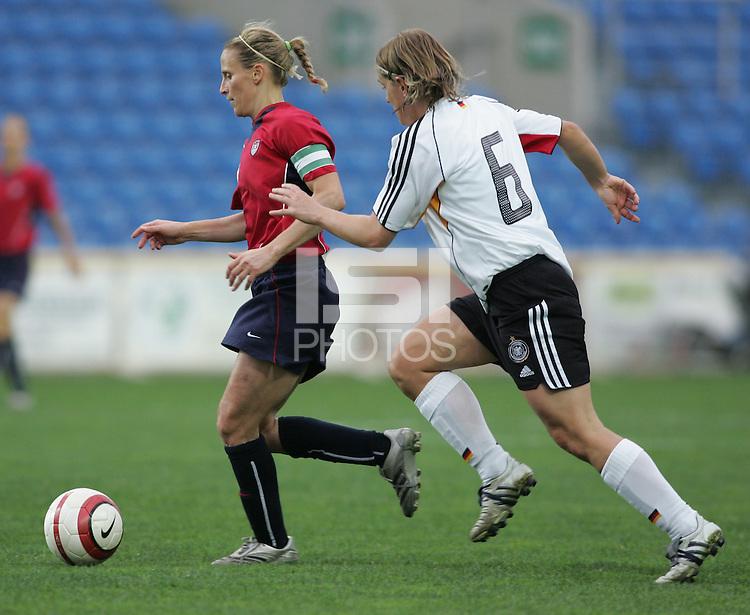 MAR 15, 2006: Faro, Portugal:  Kristine Lilly, Britta Carlson