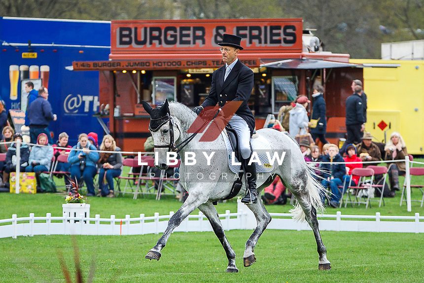 AUS-Bill Levett. 2013 GBR-Chatsworth International Horse Trials. Saturday 11 May. Copyright Photo: Libby Law Photography