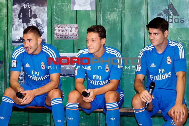 Presentation of the second Real Madrid Kit for the season 2013-2014. July 25, 2013. Foto &not;&copy; nph / Adrian P. Rincon)<br /> Karim Benzema, Mesut Oezil / &radic;Ėzil&radic;&Ouml;lvaro Morata *** Local Caption ***