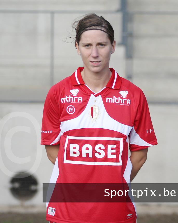 Standard Femina de Liege : Berit Stevens.foto Paul Dijkmans / Vrouwenteam.be / LOFT6.be