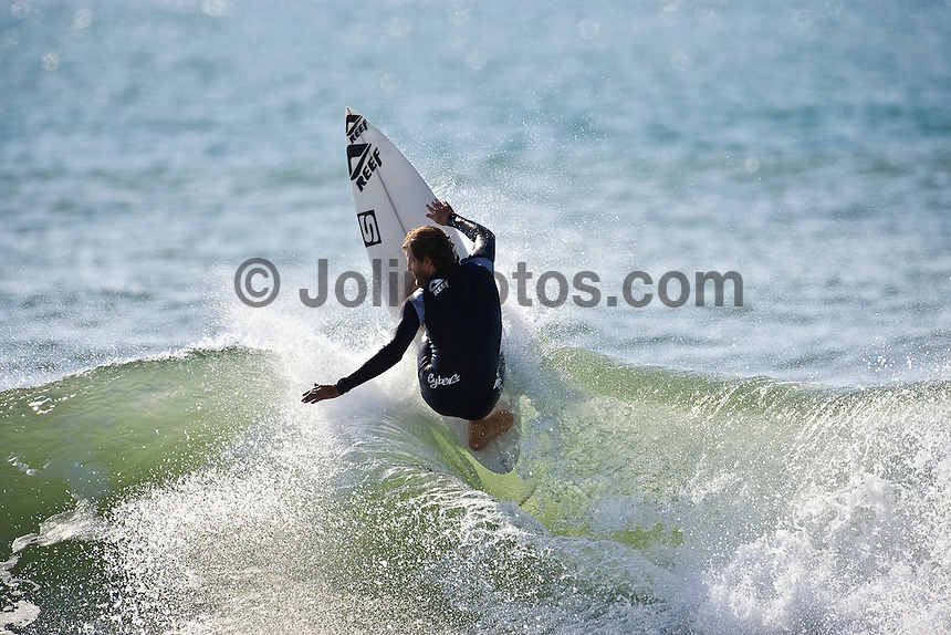 JAT THOMPSON (AUS) surfing at Hossegor in the South West region of France. Photo: joliphotos.com