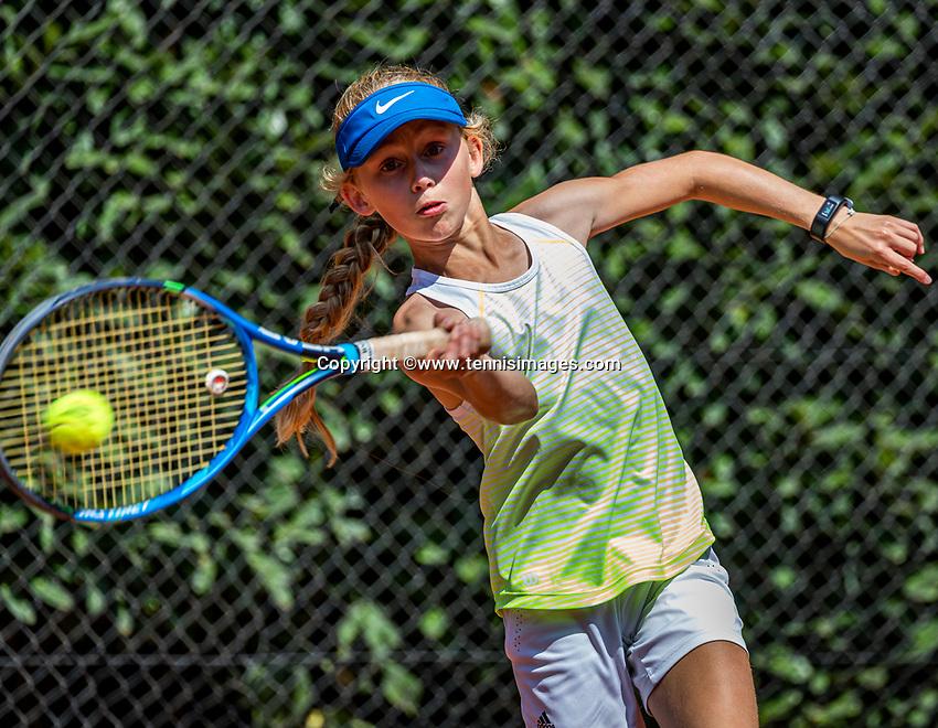 Hilversum, Netherlands, Juli 29, 2019, Tulip Tennis center, National Junior Tennis Championships 12 and 14 years, NJK, Isis van Dinter (NED)<br /> Photo: Tennisimages/Henk Koster