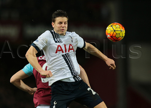 02.03.2016. Boleyn Ground, London, England. Barclays Premier League. West Ham versus Tottenham Hotspur. Tottenham Hotspur Defender Kevin Wimmer wins a header against West Ham United Striker Andy Carroll