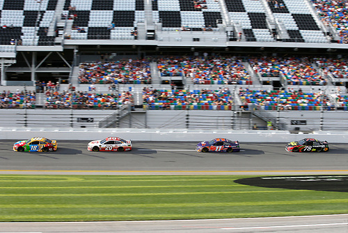 Monster Energy NASCAR Cup Series<br /> The Advance Auto Parts Clash<br /> Daytona International Speedway, Daytona Beach, FL USA<br /> Sunday 11 February 2018<br /> Kyle Busch, Joe Gibbs Racing, M&amp;M's Toyota Camry, Erik Jones, Joe Gibbs Racing, Circle K Toyota Camry, Denny Hamlin, Joe Gibbs Racing, FedEx Express Toyota Camry, Martin Truex Jr., Furniture Row Racing, 5-hour ENERGY/Bass Pro Shops Toyota Camry<br /> World Copyright: Lesley Ann Miller<br /> LAT Images