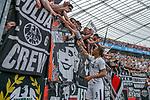 14.04.2018, BayArena, Leverkusen , GER, 1.FBL., Bayer 04 Leverkusen vs. Eintracht Frankfurt<br /> im Bild / picture shows: <br /> die Mannschaft von Frankfurt verabschiedet sich von den Fans Sebastien Haller (Frankfurt #9),  <br /> <br /> Foto &copy; nordphoto / Meuter
