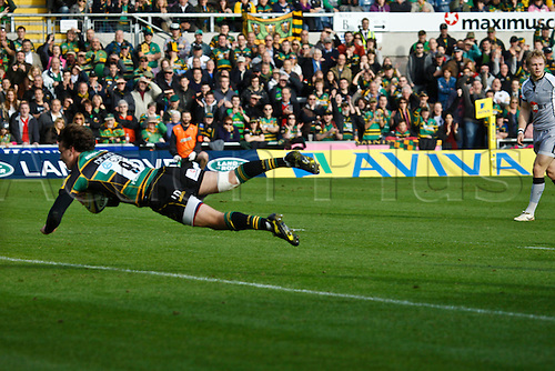 30.10.2010 Aviva Premiership Rugby Northampton Saints v Newcastle Falcons.  Northampton's Lee Dickson scores his side's first try.