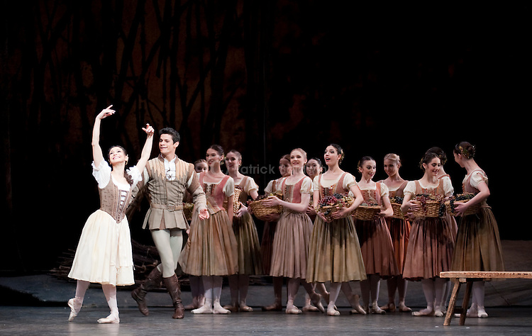"The Royal Ballet. ""Giselle""."