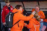 UTRECHT - bondscoach Alyson Annan (Ned)  met de Fan of the match ,  na    de Pro League hockeywedstrijd wedstrijd , Nederland-China (6-0) .  COPYRIGHT  KOEN SUYK