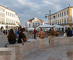 Historic buildings and fountain in Giraldo Square, Praça do Giraldo, Evora, Alto Alentejo, Portugal southern Europe