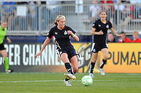 Washington Freedom midfielder Allie Long (9).   Boston Breakers defeated The Washington Freedom 3-1 at The Maryland SoccerPlex,  Saturday April 18, 2009.
