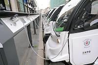 - MIlano, parcheggio di auto elettriche per il car-sharing<br /> <br /> - Milan, parking for electric cars to car-sharing
