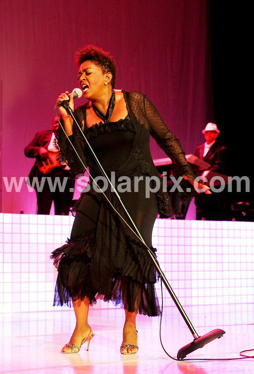**ALL ROUND PICTURES FROM SOLARPIX.COM**.**SYNDICATION RIGHTS FOR UK, SPAIN, PORTUGAL, AUSTRALIA, S.AFRICA & DUBAI (U.A.E) ONLY**.  Anita Baker Concert at the Hard Rock Live in Hollywood Los Angeles  California in the USA...JOB REF:6900-PHZ/A. Gilbert    DATE:24_07_08 .**MUST CREDIT SOLARPIX.COM OR DOUBLE FEE WILL BE CHARGED* *UNDER NO CIRCUMSTANCES IS THIS IMAGE TO BE REPRODUCED FOR ANY ONLINE EDITION WITHOUT PRIOR PERMISSION*