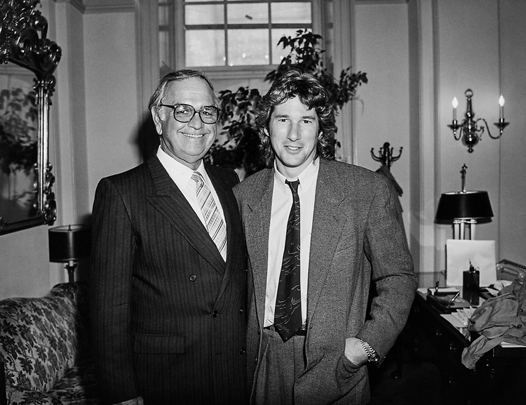 Rep. Joe Moakley, D-Mass. with son in 1995. (Photo by CQ Roll Call)