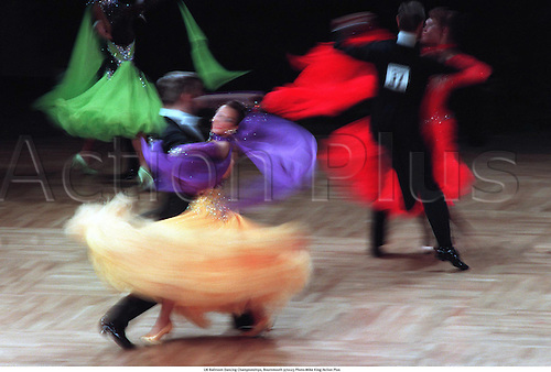 UK Ballroom Dancing Championships, Bournemouth 970123 Photo:Mike King/Action Plus...movement.speed.effect.blur.camera effects.File 24 Neg 15.1997.ballroom.partner.couple.expression.costume.dance.dancing.